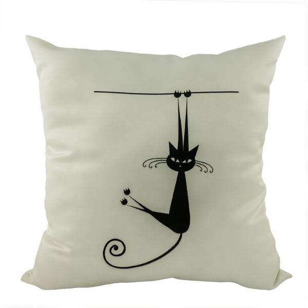 Снимка на Декоративна възглавница - Котка гимнастичка 23