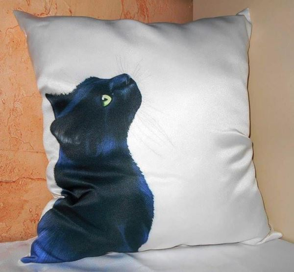 Снимка на Декоративна възглавница - Котка 20